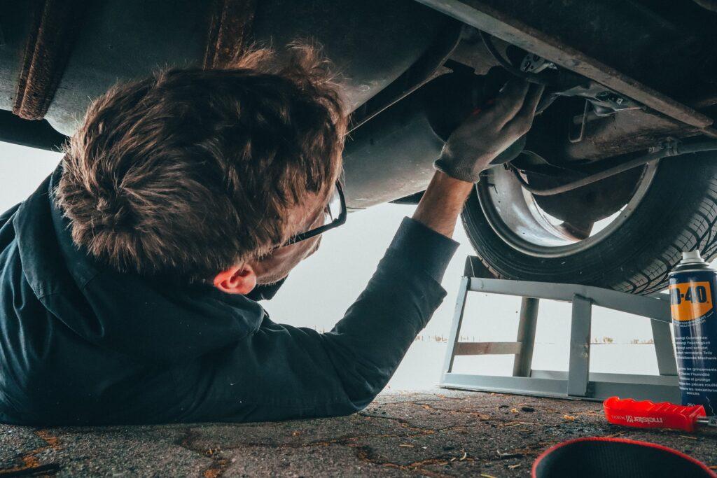 pic of car repair